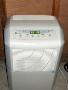 dehumidifier preventing mold
